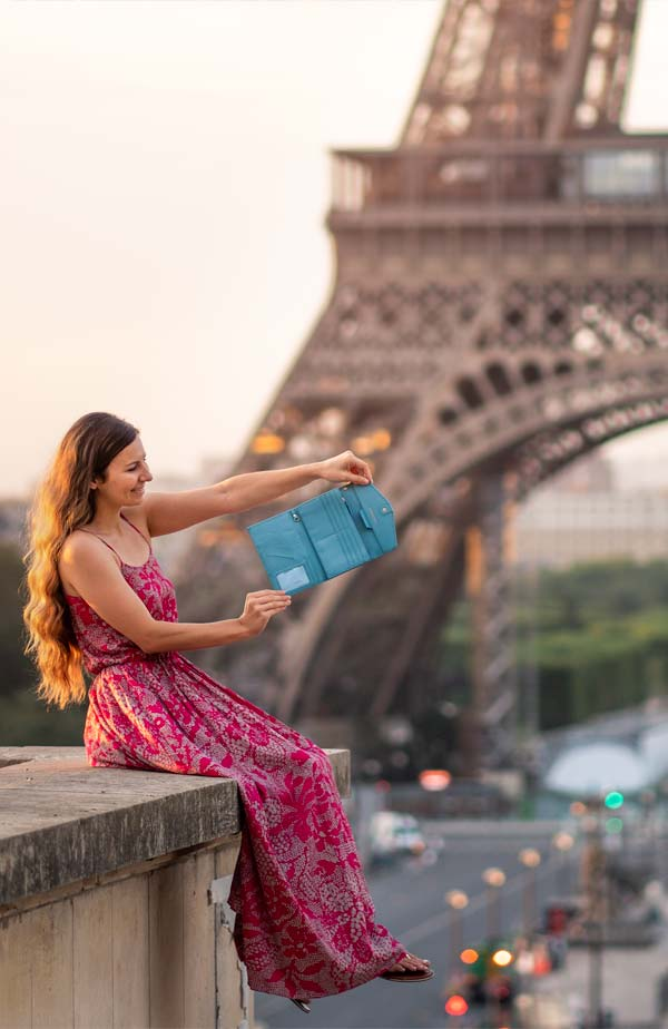 rovence-womens-best-travel-wallet-rfid-blocking-passport-holder-slim